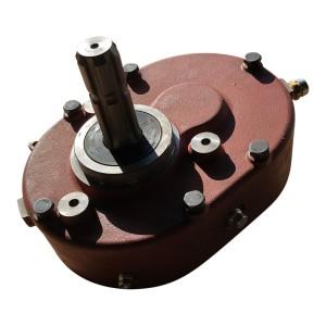 Boite d'engrenage ( gear box) pour tracteur avec pto ventrale (input 1 3/8-6 output 1 3/8-6)